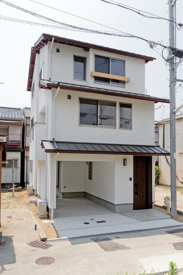 平尾工務店オリジナルブランド「木心」仕様で在来木造3階建ての家
